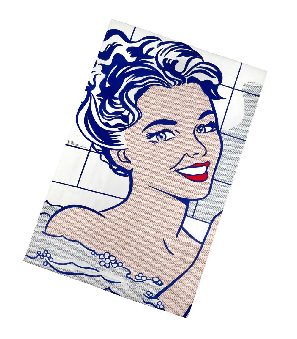 zoom Toalla Mujer en el baño