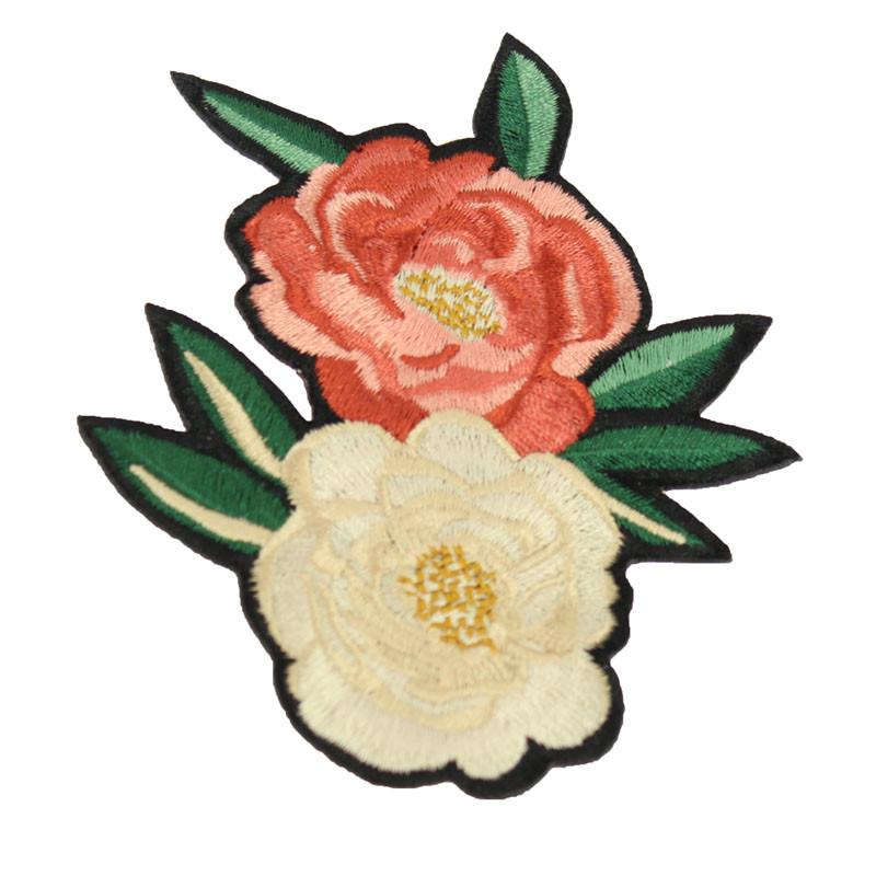 zoom Parche Flor Roja y Blanca. Balenciaga