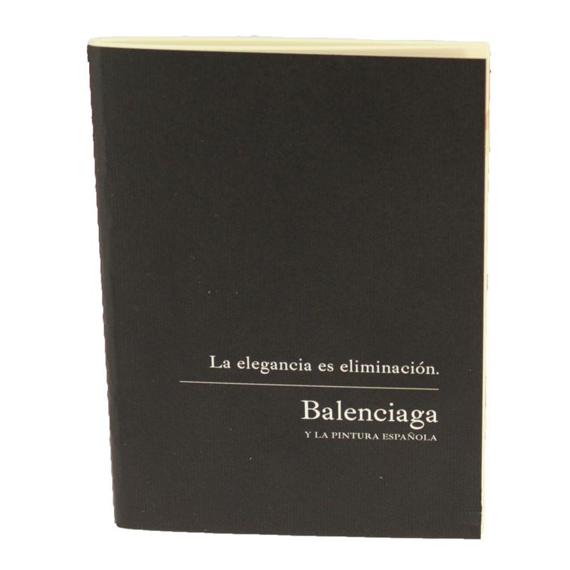Libreta Cosida exposición Balenciaga
