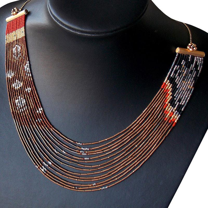 zoom Saint Casilda Necklace