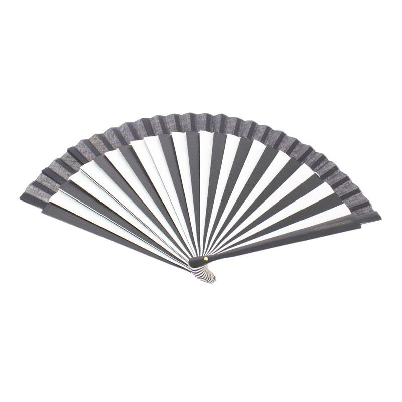 zoom Black and White Fan. Balenciaga