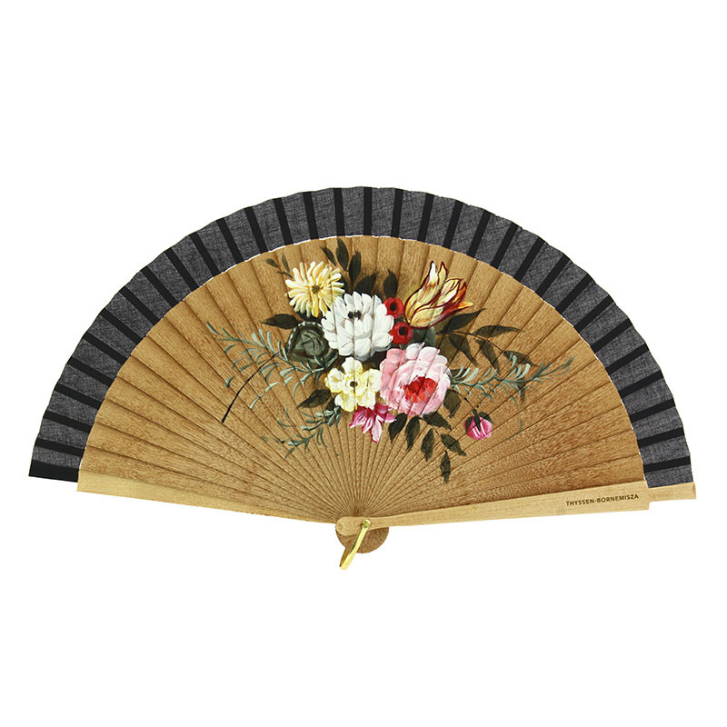 zoom Fan: Chinese Glass with Flowers