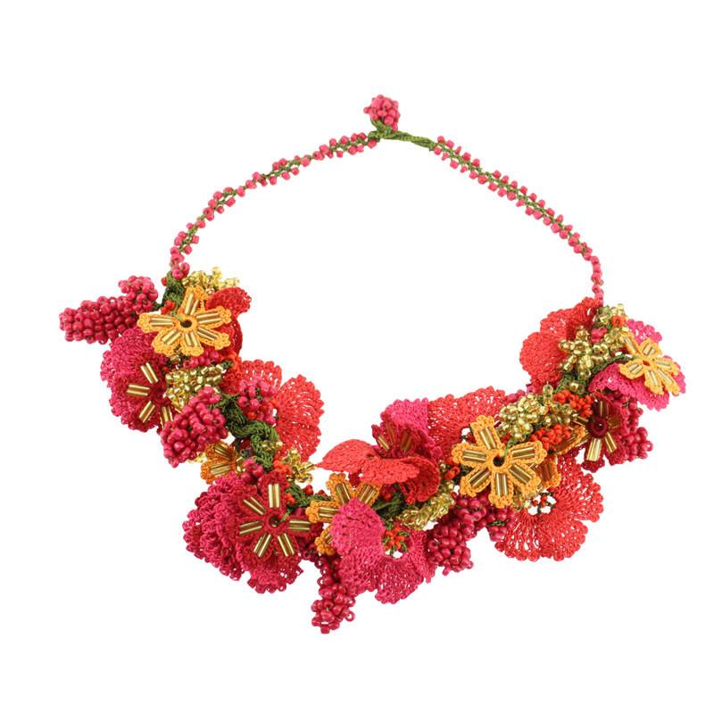 Red Necklace. Balenciaga